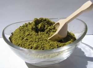 green-henna-powder-1531740